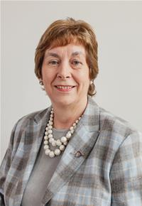 County Councillor Ruth Edwards